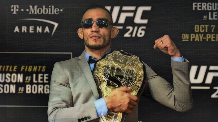 Tony Ferguson Pulls Out Of UFC 223 After Bizarre Injury