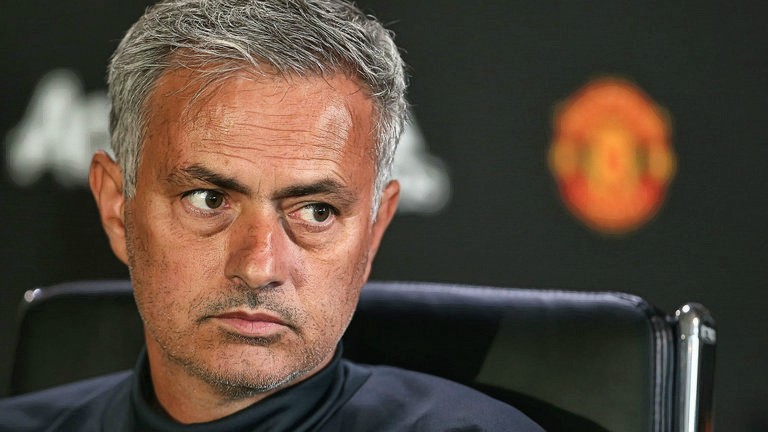 Jose Mourinho Might Release 5 Players to Topple Man City in Premier League
