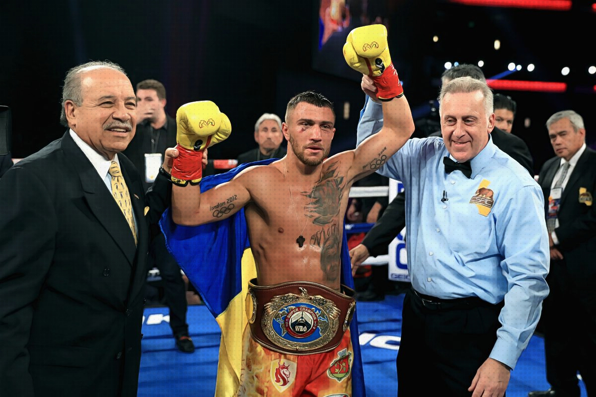 Takeaways From Vasyl Lomachenko's Win Over Jorge Linares