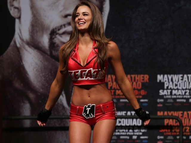 The Top 10 Hottest Boxing Ring Girls