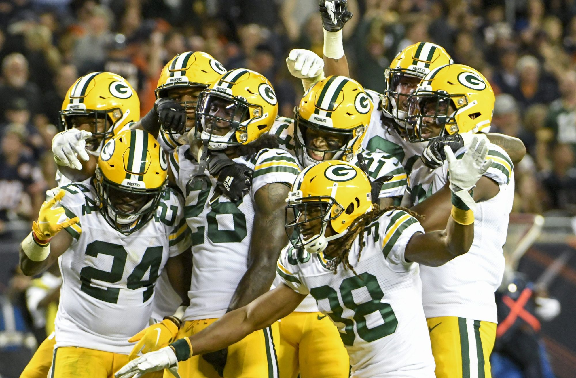 Packers Beat Bears in a Low-scoring Opener