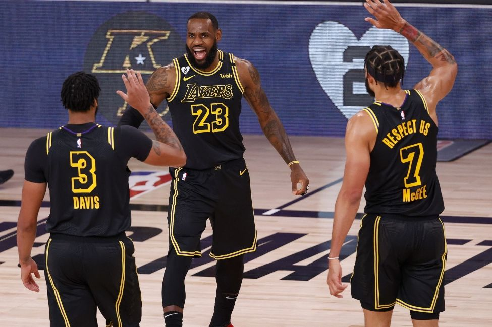 NBA Daily Rundown: LeBron James Leads Los Angeles Lakers to Big Win Over Portland Blazers